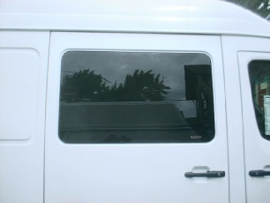02-06 sprinter window in slider door